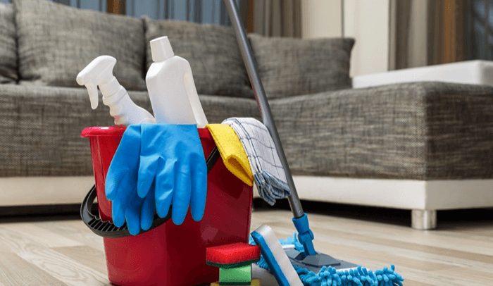 سرکه در نظافت مبلمان منزل