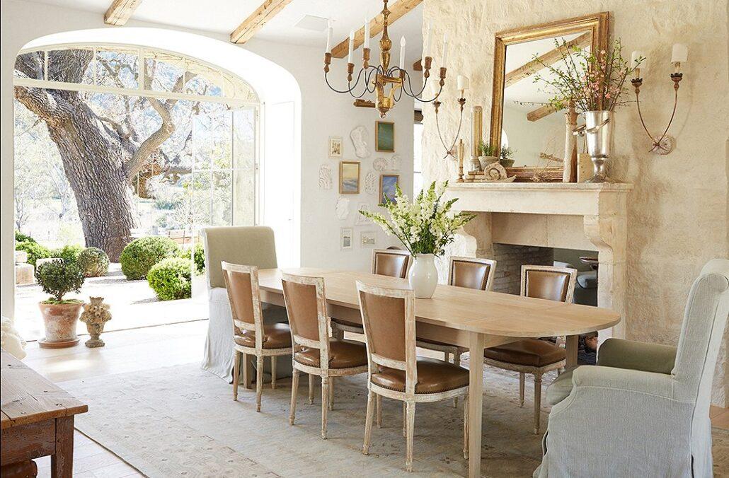 نکات مهم در ترکیب مبل راحتی و میز ناهارخوری