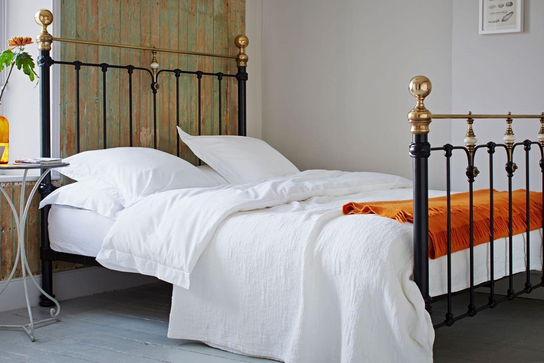 انواع تخت خواب های فلزی
